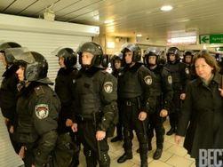 Украина: утром бойцы МВД предприняли попытку давления на Евромайдан