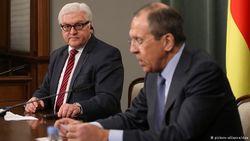 Штайнмайер потребовал от Лаврова не вмешиваться во внутренние дела Германии