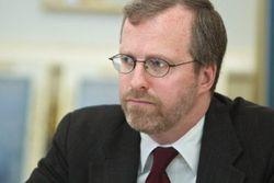 Глава Freedom House призвал к санкциям против Януковича