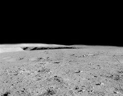 Исчез американский флаг на Луне