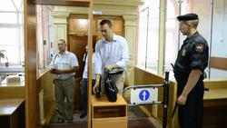 Выборы закончены, теперь Навальному прямая дорога в суд – СМИ