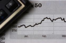 Курсы валют: в чем разница обзоров аналитиков и прогнозов трейдеров Forex