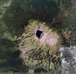 Пхеньян впервые разрешил западным ученым исследовать вулкан Пэктусан