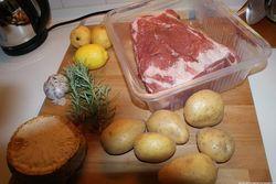 Будни Луганска: картошка по 10 гривен за килограмм, свинина – по 100 гривен