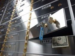 Банковские ячейки в Украине перестали быть безопасным местом