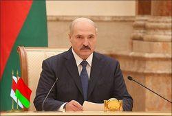 «Русский мир» напугал Лукашенко, но к полной белоруссизации он еще не готов