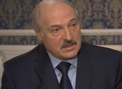 Лукашенко: войны народов в Украине нет, есть непорядочные политики