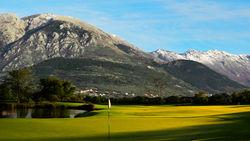 Власти Черногории объявили тендер под строительтсво гольф курорта в окрестностях Тивата