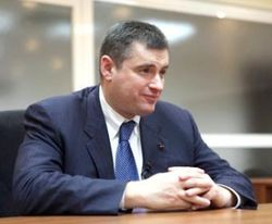 Глава комитета по делам СГ Госдумы Л. Слуцкий