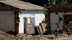 Жители снесенных домов в Фергане недовольны компенсацией