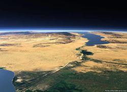 Каир перекрыл Суэцкий канал для военных кораблей антисирийской группировки