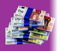 Евро на 25-е декабря укрепился на 6 копеек