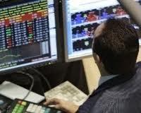 Биржи Европы начали четверг в плюсе на неожиданно сильных статданных