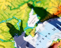 Аннексия юго-востока Украины загонит экономику РФ в затяжную рецессию – IIF