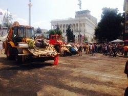 Вместо палаток на Майдане появились МАФы, Крещатик в иллюминации