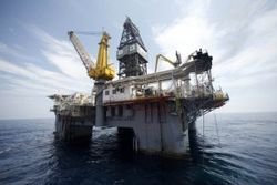 РФ нужны газ на морском шельфе и база в Севастополе, но не бедные крымчане