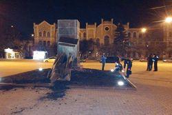 МВД квалифицирует как хулиганство снос памятников в Харькове