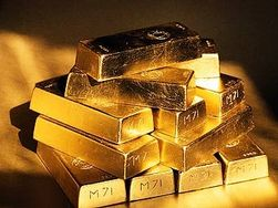 Центробанк РФ в марте купил 30 тонн золота