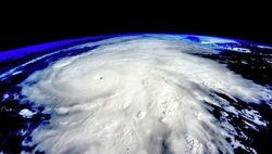 Мощнейший в истории ураган «Патрисия» достиг Мексики