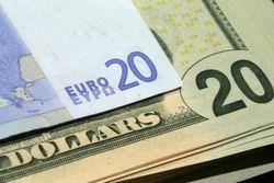 Евро может укрепиться к доллару США к концу года