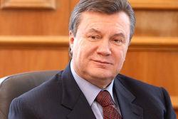Янукович улетел в Сочи для разговора с Путиным