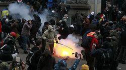 """Экс-посол США предостерег оппозицию от насилия, предлагаемого """"пешками ПР"""""""