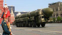 """Польша и Румыния являются """"целями"""" для разворачивания ПРО Россией - Лукьянов"""