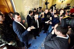 Демарш Ляшко и угроза досрочных выборов в Раду