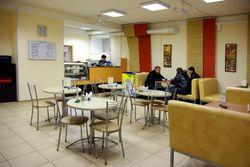 Вместо ресторанов: В РФ увеличиваются столовые