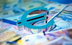Курс евро на Forex ожидает доклада главы ЕЦБ