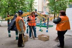 Для предвыборной агитации в Киеве активно задействуют сотрудников ЖЭКов