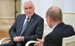 Южная Осетия отложила референдум о присоединении к России