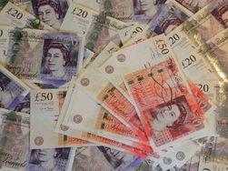 Фунт вырос против курса доллара на 0,87% на Форекс после выступления главы Банка Англии