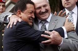 В Беларуси увековечили Уго Чавеса, назвав его именем парк Минска