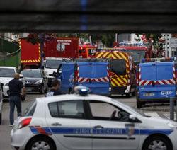 Во Франции приверженцы ИГ захватили церковь, священник убит