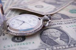 Какая валюта может заменить доллар на международном рынке?