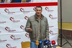 Владимир Кличко не хочет, чтобы его бой с Леапаи показали в России