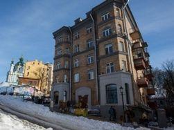 Майдан отпугивает иностранных туристов, но не политиков