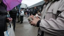 Сотрудники милиции Узбекистана сломали руку инвалиду и конфисковали его деньги