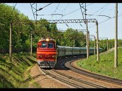 Симферополь в одностороннем порядке отменяет поезда, идущие в Украину