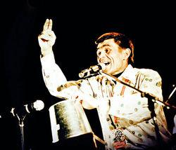 PR в шоу-бизнесе: узбекский певец «Джимми» нашел свою «Зиту» в Питере
