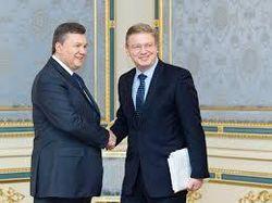Янукович и еврокомиссар Фюле обсудили ситуацию в Украине