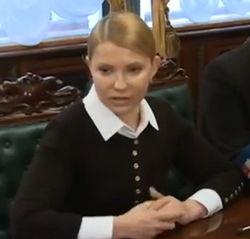 Тимошенко просит не применять оружие на Востоке