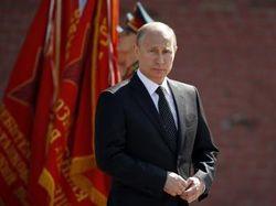 Киев и Запад расценили визит Путина в Крым как провокацию