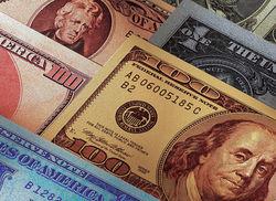 Курс доллара консолидировался на Форекс после разногласий в ФРС и санкций к РФ