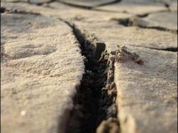 Техногенные землетрясения в Донбассе разрушают дома