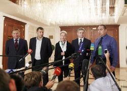 Запад вынуждает Украину соблюдать перемирие – СМИ