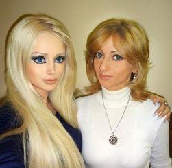 Семейный подряд: В Одессе теперь две Барби – Валерия Лукьянова и ее мать