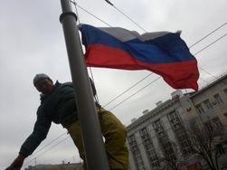 Над мэрией Харькова российский флаг, Кернес заявляет о своем бессилии