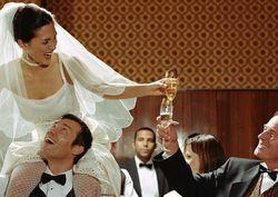 Секс стал необязательным атрибутом первой брачной ночи для россиян
